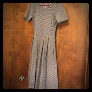 Dresses & Skirts - Gray Dress LulaRoe XS